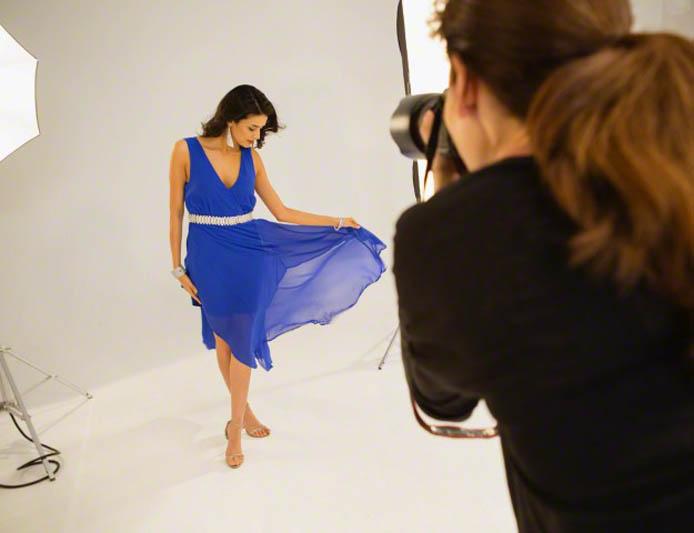 Fashion Model --  Gambar Oleh © Tina Hager/arabianEye/arabianEye/Corbis