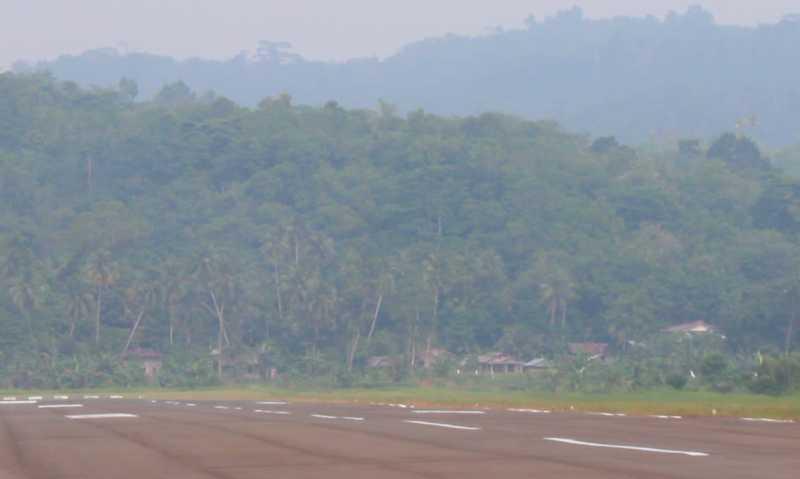 Penerbangan ke Nias Lumpuh akibat Kabut Asap