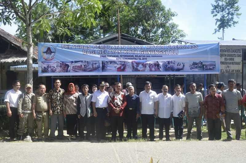 Nelayan di Gunungsitoli Terus Didorong untuk Mandiri