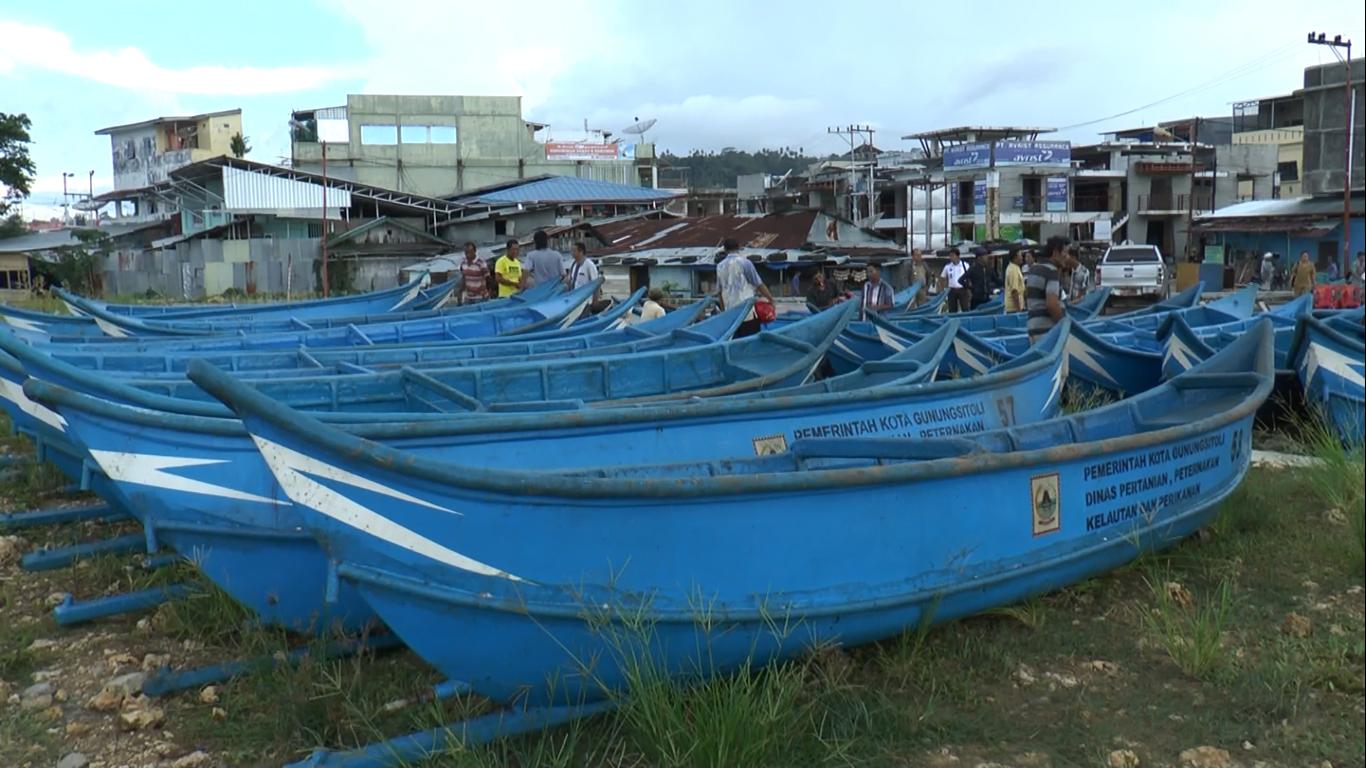 Kapal 0,5 GT yang Dibagikan kepada Nelayan