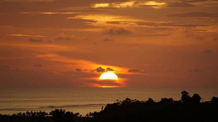 """Foto: Tempat Menikmati """"Sunset"""" di Telukdalam"""