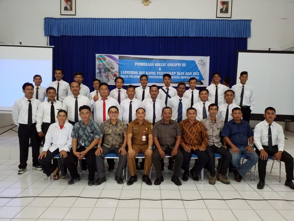 22 Nelayan Nias Utara Bersertifikat Ahli Nautikal Kapal Penangkap Ikan